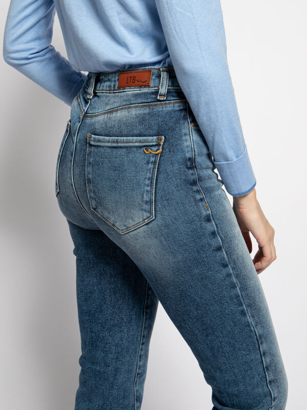 Dores Jeans