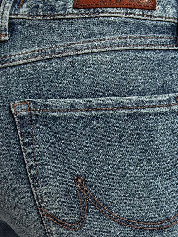 Daisy Jeans