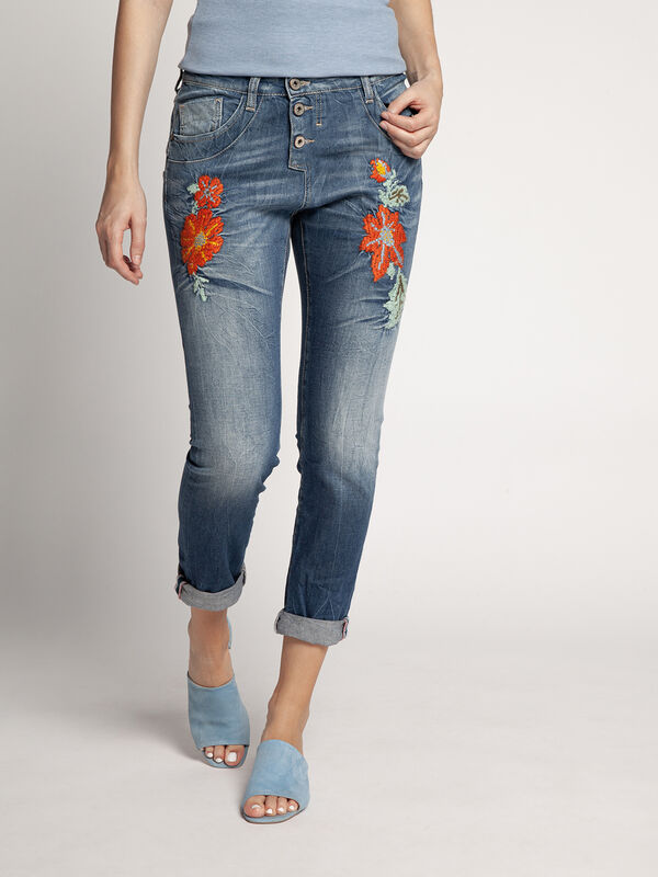 Straight Jeans