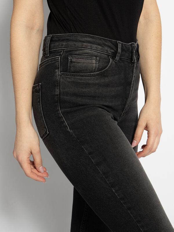 Bernita Jeans