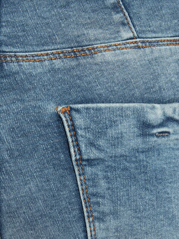 Elenia Jeans